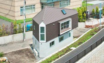 La maison triangulaire d'Hiroshi Tanigawa à Horinouchi
