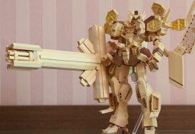 Baek Min Soo réalise des reproductions de Gundam en baguettes chinoises