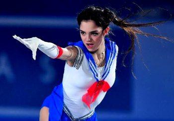 La patineuse Evgenia Medvedeva en Sailor Moon aux Championnat du monde à Tokyo