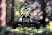 Propel lance les drones d'élite de combat laser Star Wars