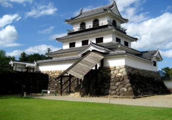 Découvrez le château de Shiroishi avec TokyoStreetView